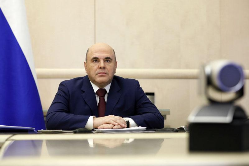Михаил Мишустин во время заседания правительства