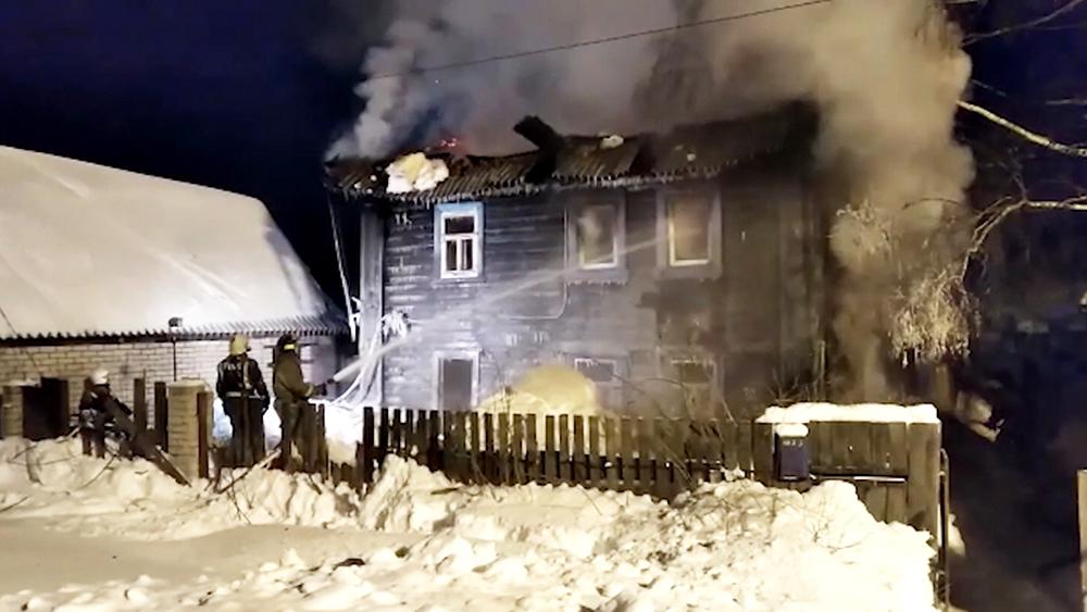 Пожар в жилом доме в Кирове