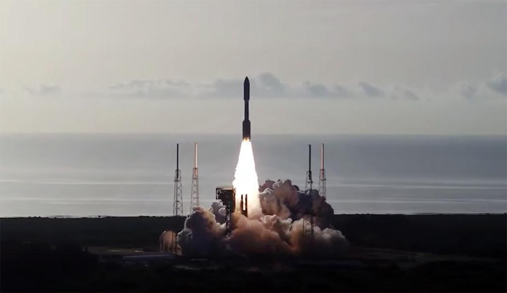 Старт космической ракеты США