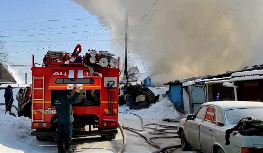 На месте возгорания жилого дома в Новосибирской области