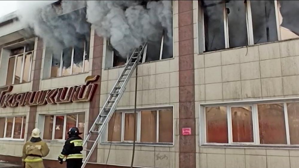 Пожар в торговом центре в Горно-Алтайске