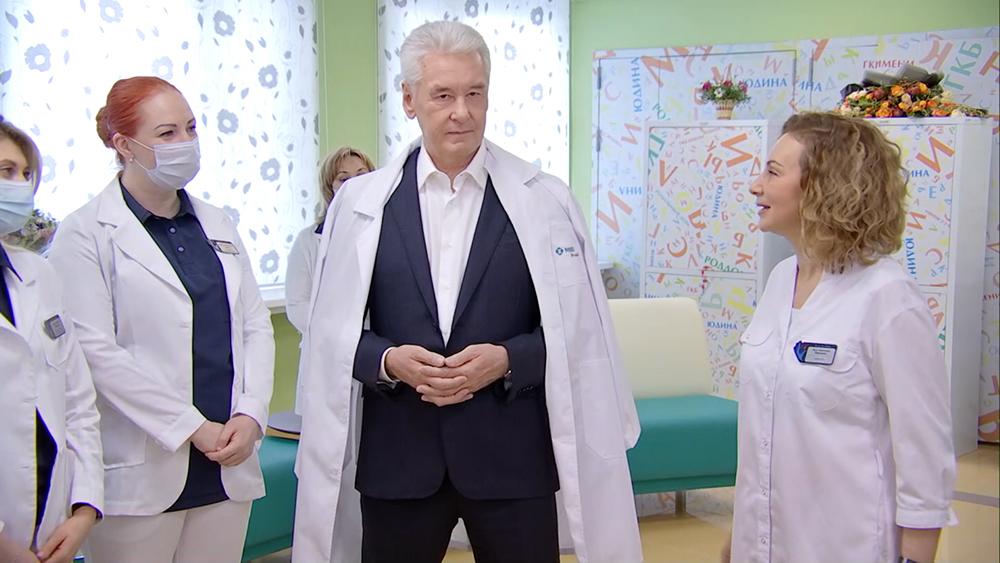 Сергей Собянин посетил роддом