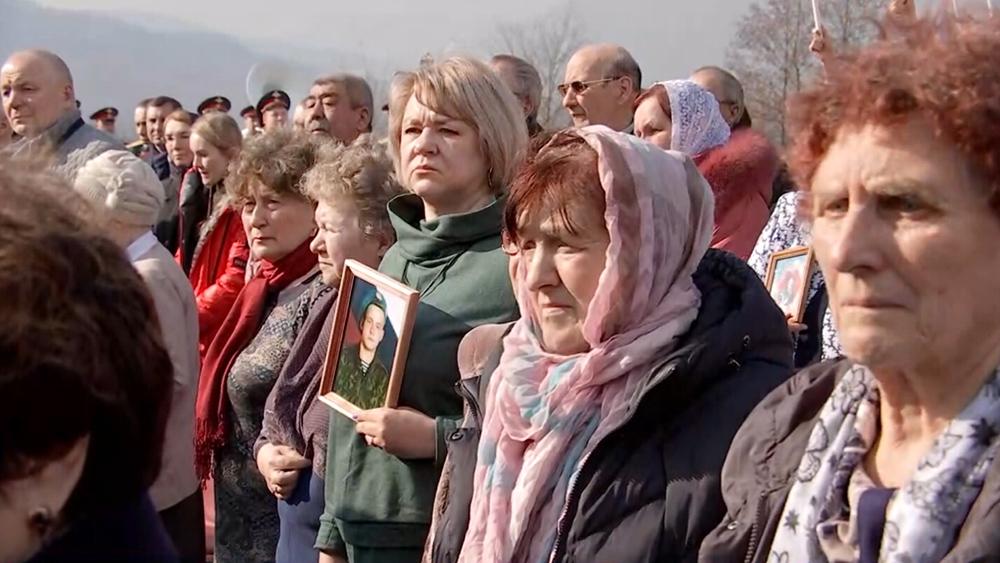 Близкие погибших бойцов 6-й роты ВДВ
