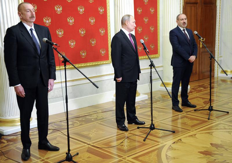 Ильхам Алиев, Владимир Путин и Никол Пашинян