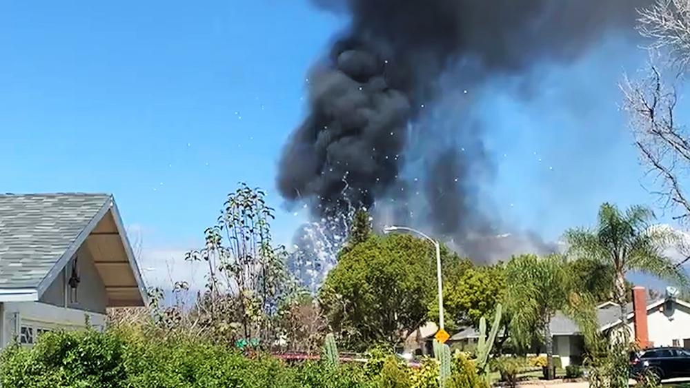 Взрыв фейерверков в жилом доме в США