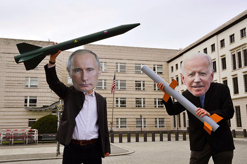 Конфликт Москвы и Вашингтона