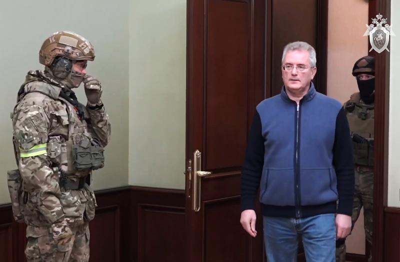Иван Белозерцев, задержанный по подозрению во взяточничестве