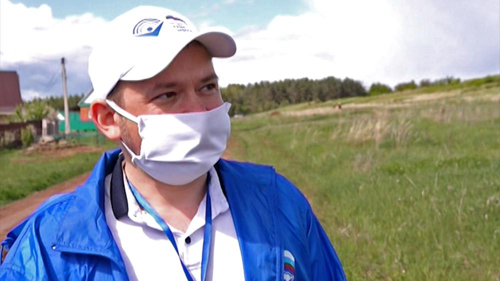Радик Асфандияров, волонтёр