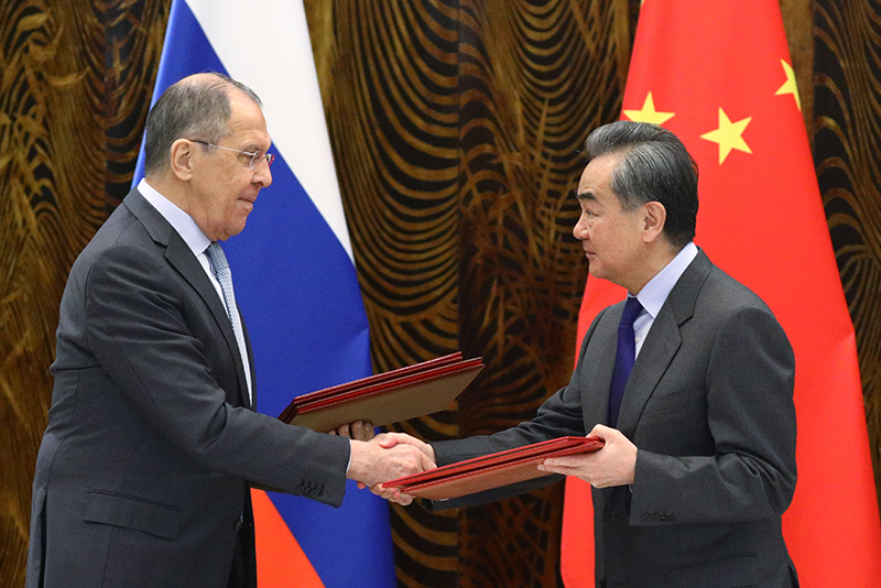 Сергей Лавров и Ван И