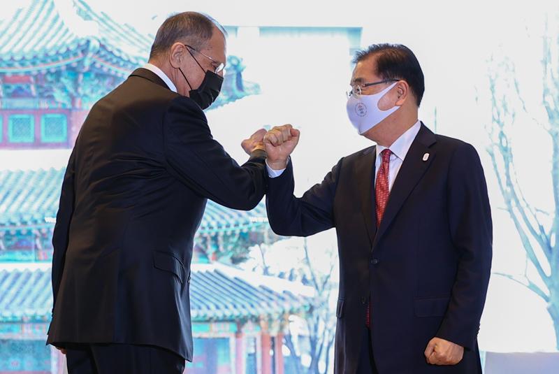 Визит главы МИД России Сергея Лаврова в Южную Корею