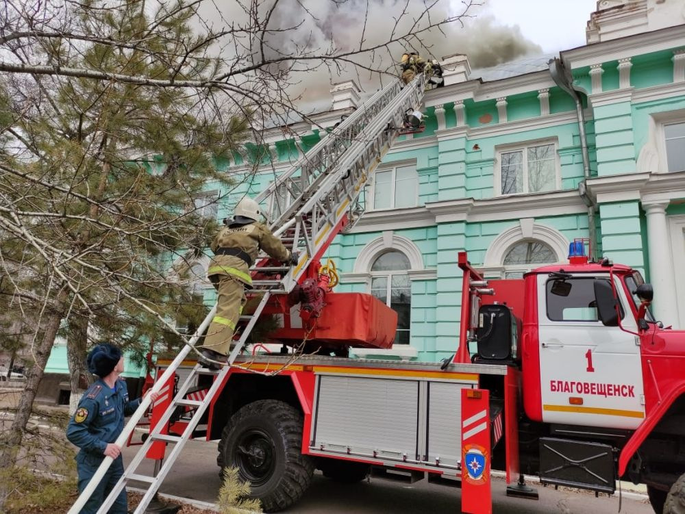 Пожар в здании кардиоцентра в Благовещенске
