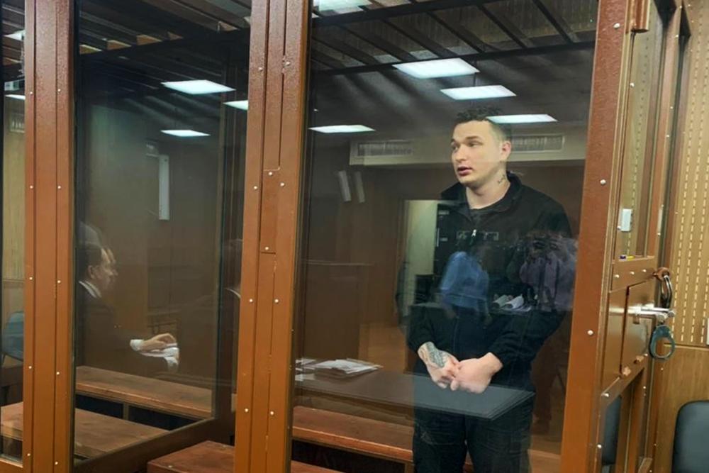 Блогер Эдвард Бил в суде