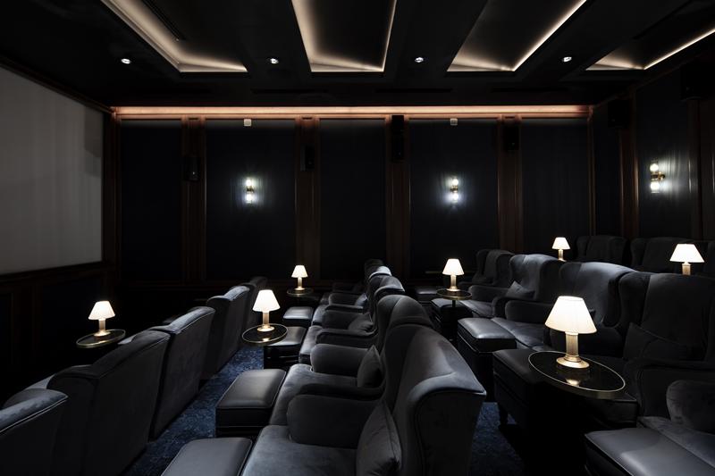 """Кинотеатр """"Художественный"""" после реставрации. Камерный зал"""