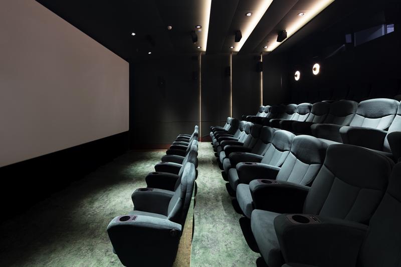"""Кинотеатр """"Художественный"""" после реставрации. Малый зал"""