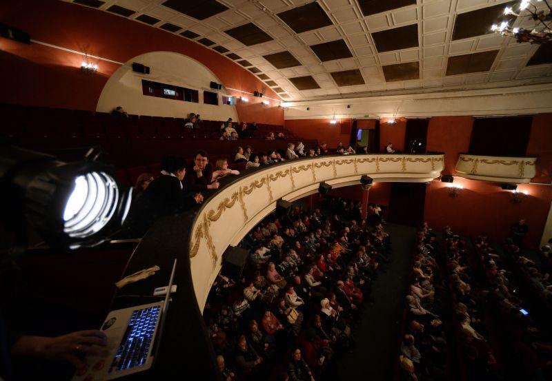 """Большой зал кинотеатра """"Художественный"""" до реставрации"""