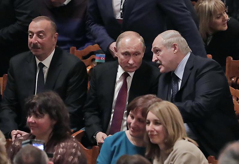 Владимир Путин, Александр Лукашенко и Ильхам Алиев