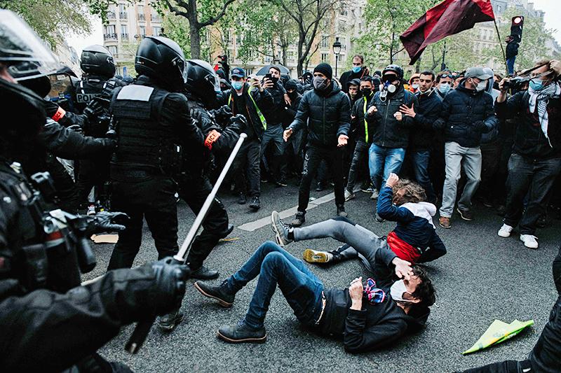 Уличные протесты во Франции