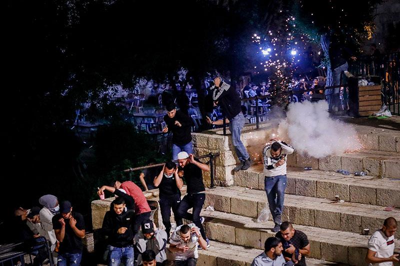 Столкновения палестинцев с полицией Израиля в Восточном Иерусалиме
