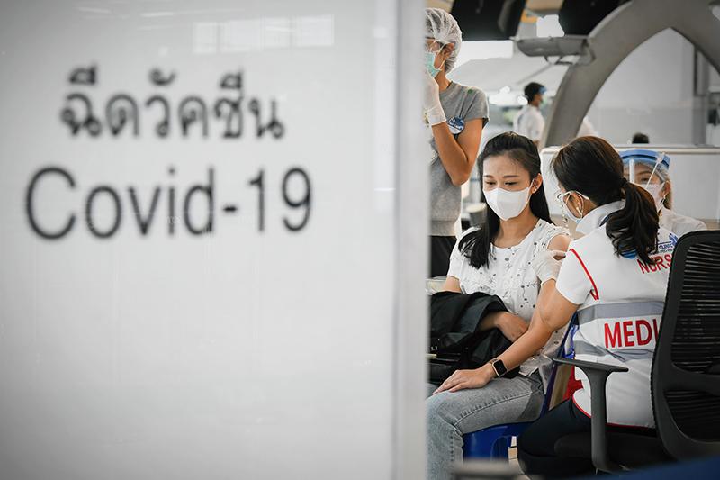 Вакцинация от коронавируса в Таиланде