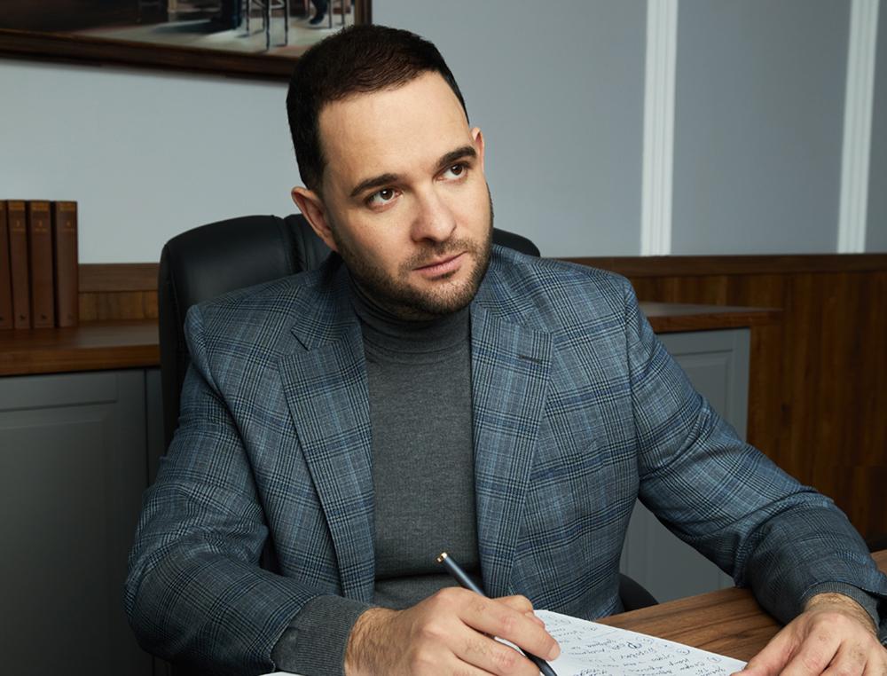 Александр Мажуга
