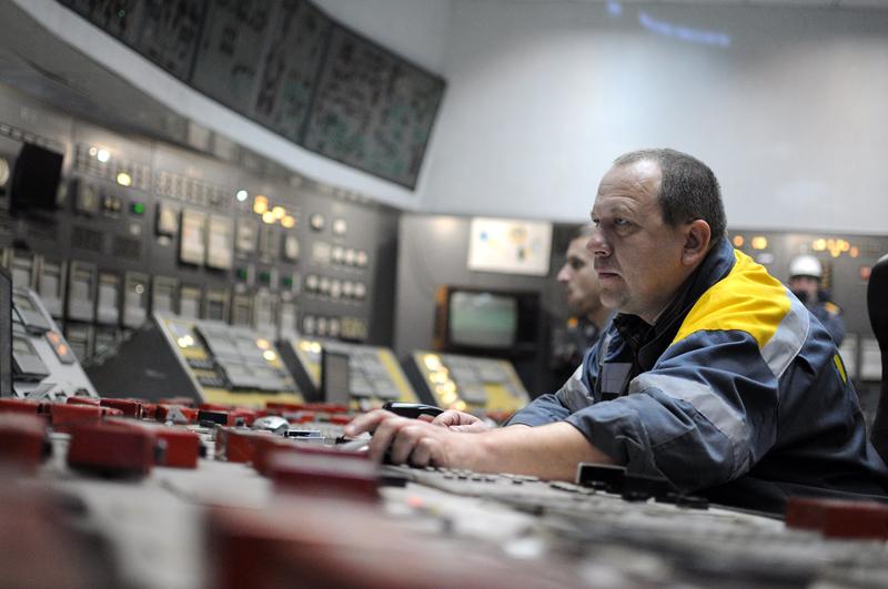Диспетчер электроподстанции на Украине