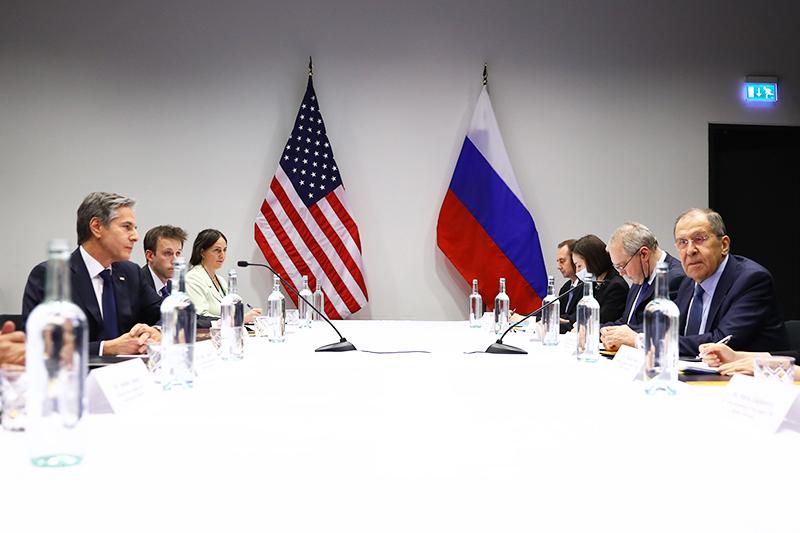 Министр иностранных дел Сергей Лавров и государственный секретарь США Энтони Блинкен