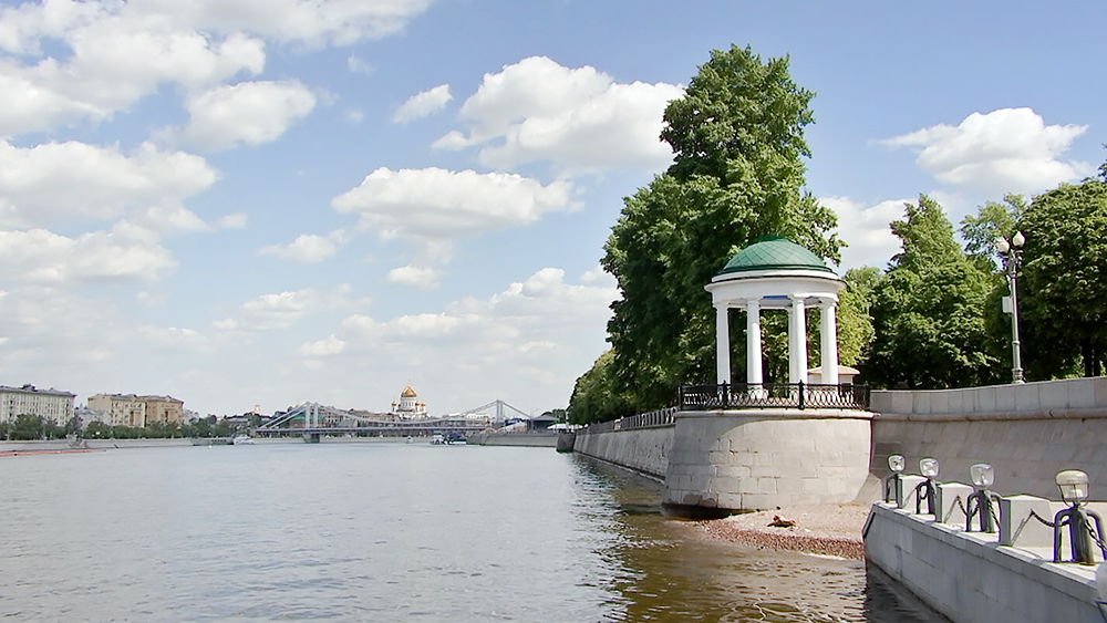 Беседка-ротонда в Парке Горького