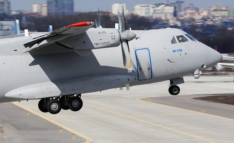 Новый военно-транспортный самолет Ил-112В