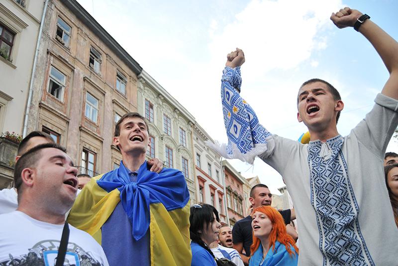 Участинки митинга на Украине