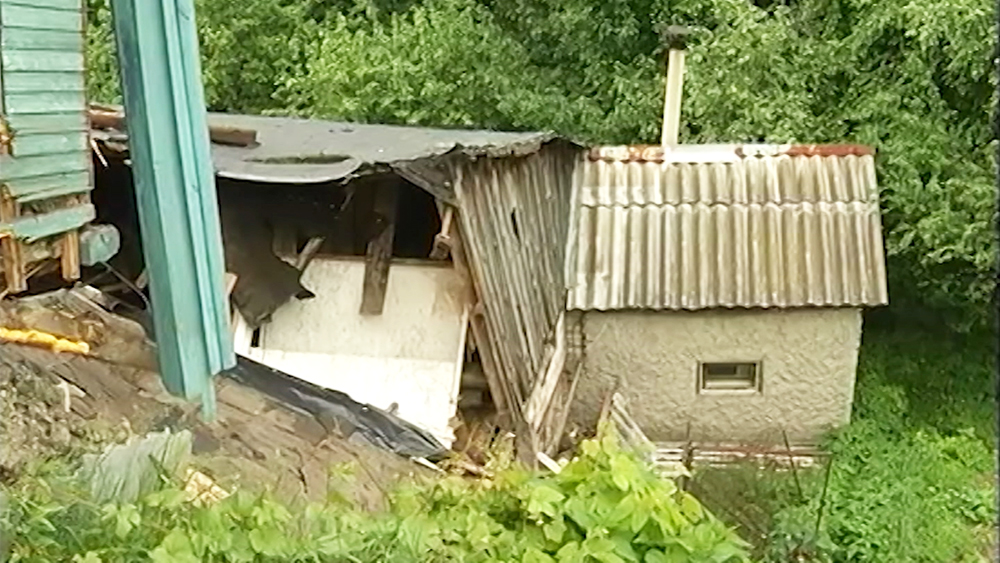 Оползень в Нижегородском поселке