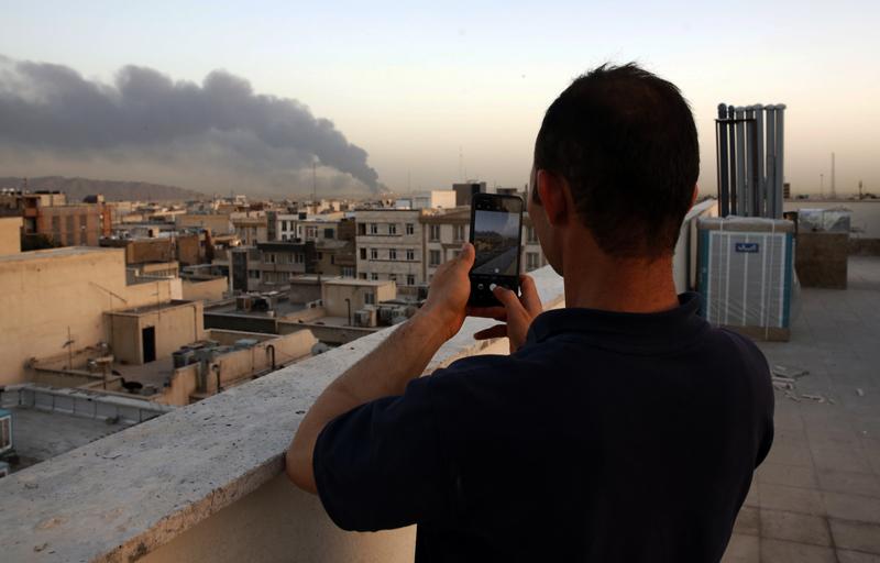 Пожар на нефтеперерабатывающем заводе в Тегеране