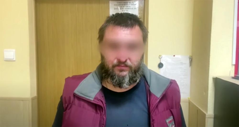 Участник группы, подозреваемый в краже запчастей