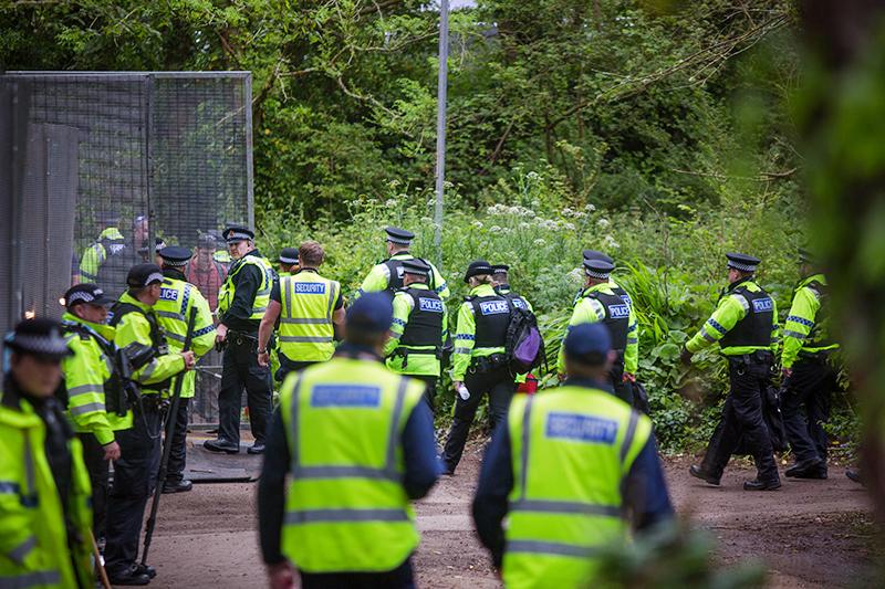 Работа полиции на саммите G7