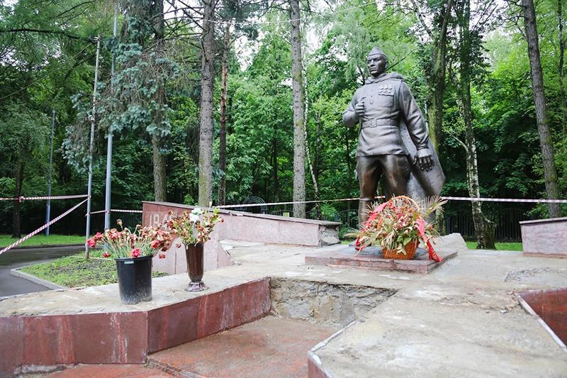 Памятник воину-освободителю в Кузьминках