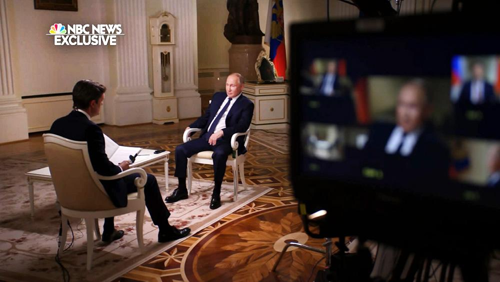 Владимир Путин дает интервью телеканалу NBS