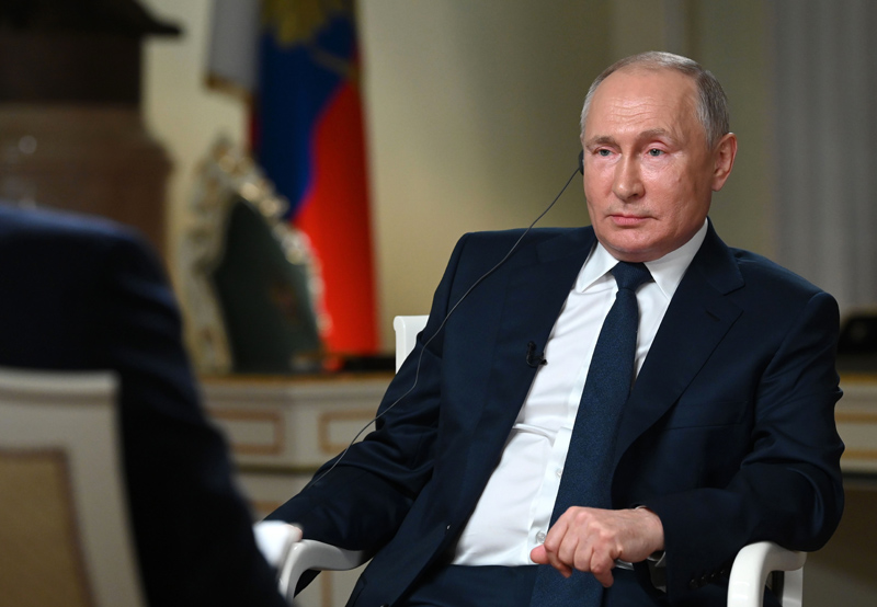 Владимир Путин отвечает на вопросы журналиста телекомпании NBC Кира Симмонса