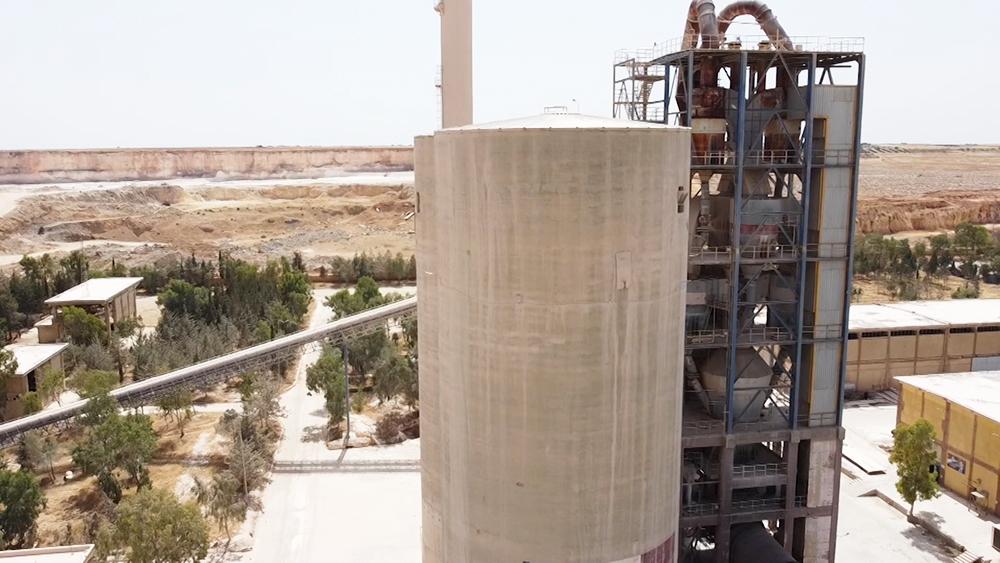 Цементный завод в Сирии