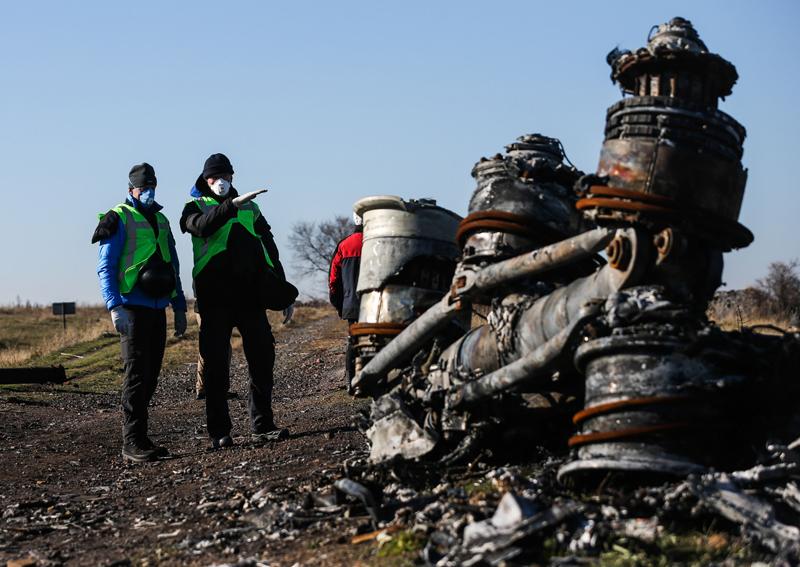 На месте крушения Boeing под Донецком