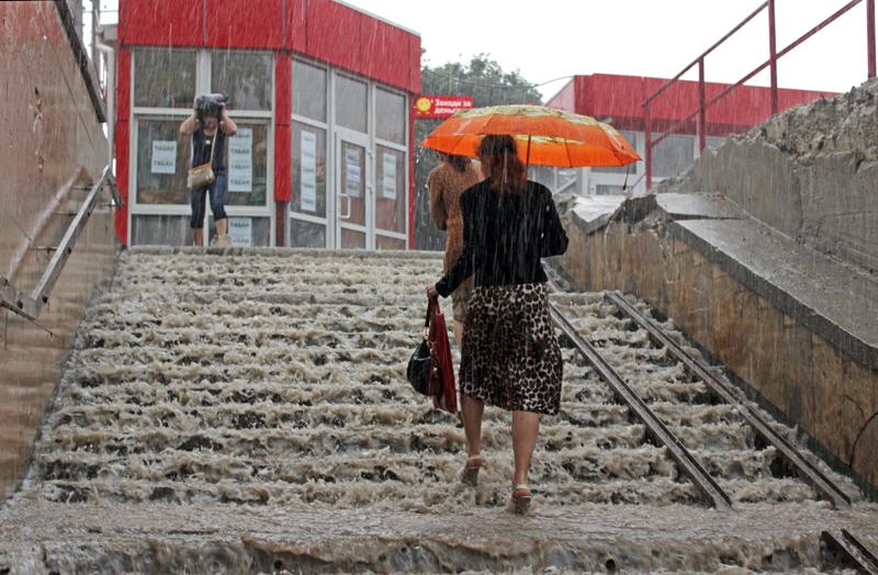 Сильный ливень в Крыму