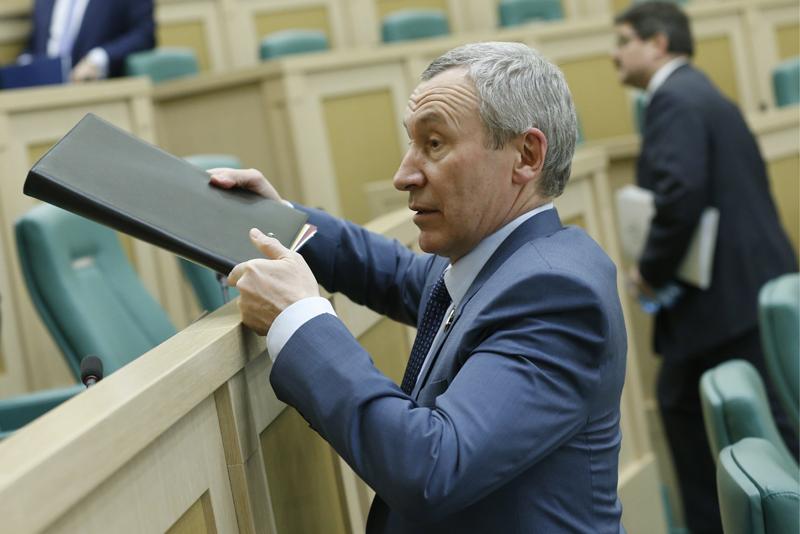 Андрей Климов на пленарном заседании Совета Федерации