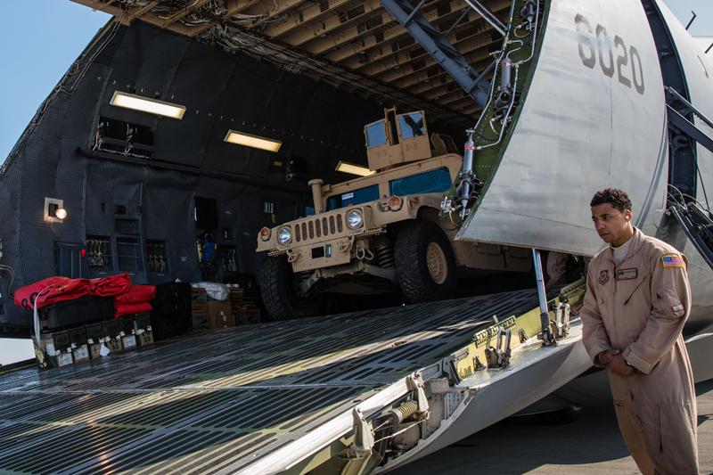 Поставка военной техники Украине