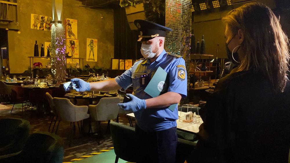 Рейд по выявлению нарушений в работе столичных баров