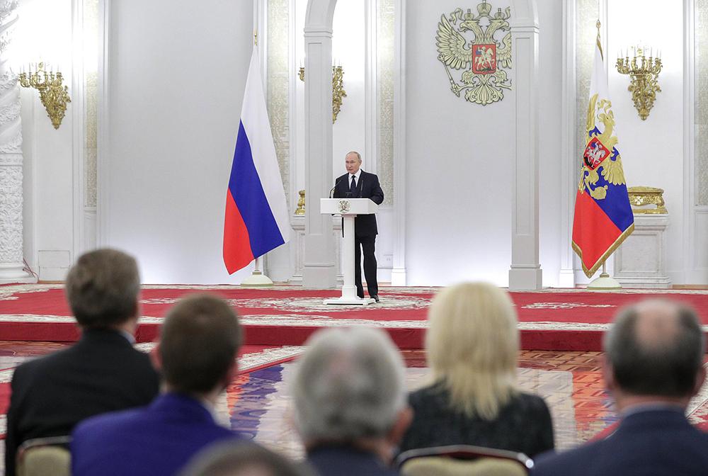 Владимир Путин на встрече с депутатами Госдумы