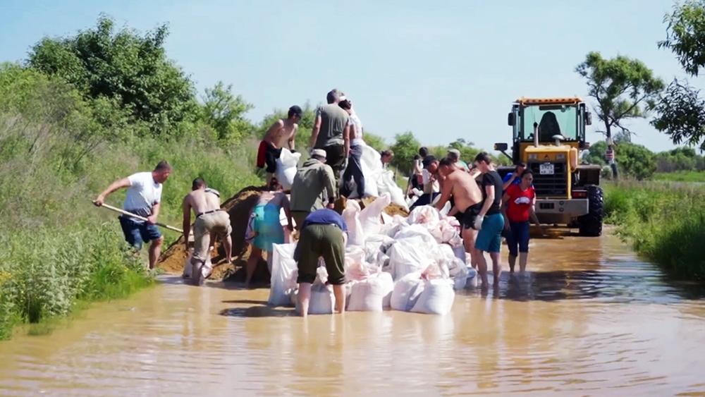 Жители в зоне паводков