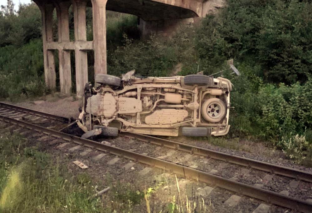 Последствия падения автомобиля с моста