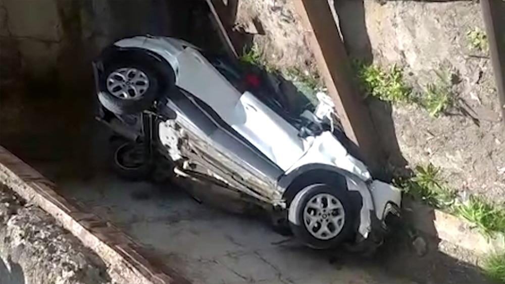 Последствия падения автомобиля с автоподъемника