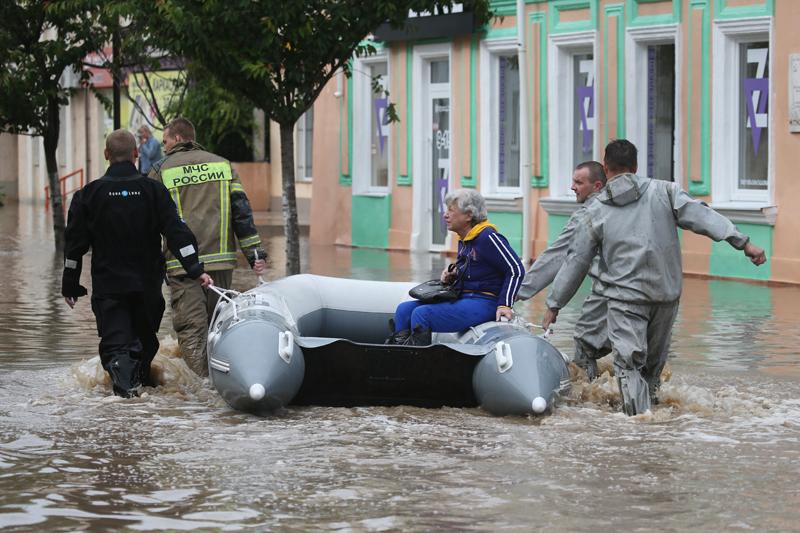 Последствия ливней в Крыму