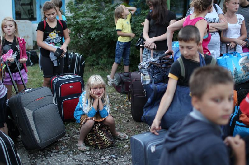 Эвакуация детей из лагеря