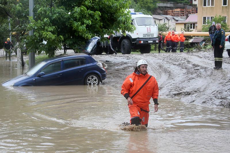 Последствия наводнения в Сочи