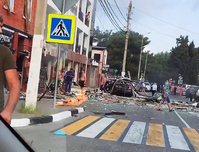 Последствия взрыва в гостинице в Геленджике